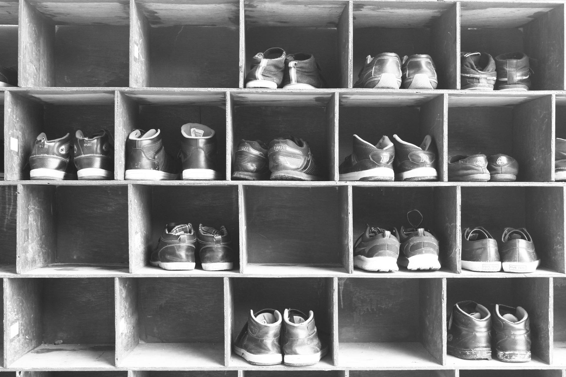 shoe-1099446_1920