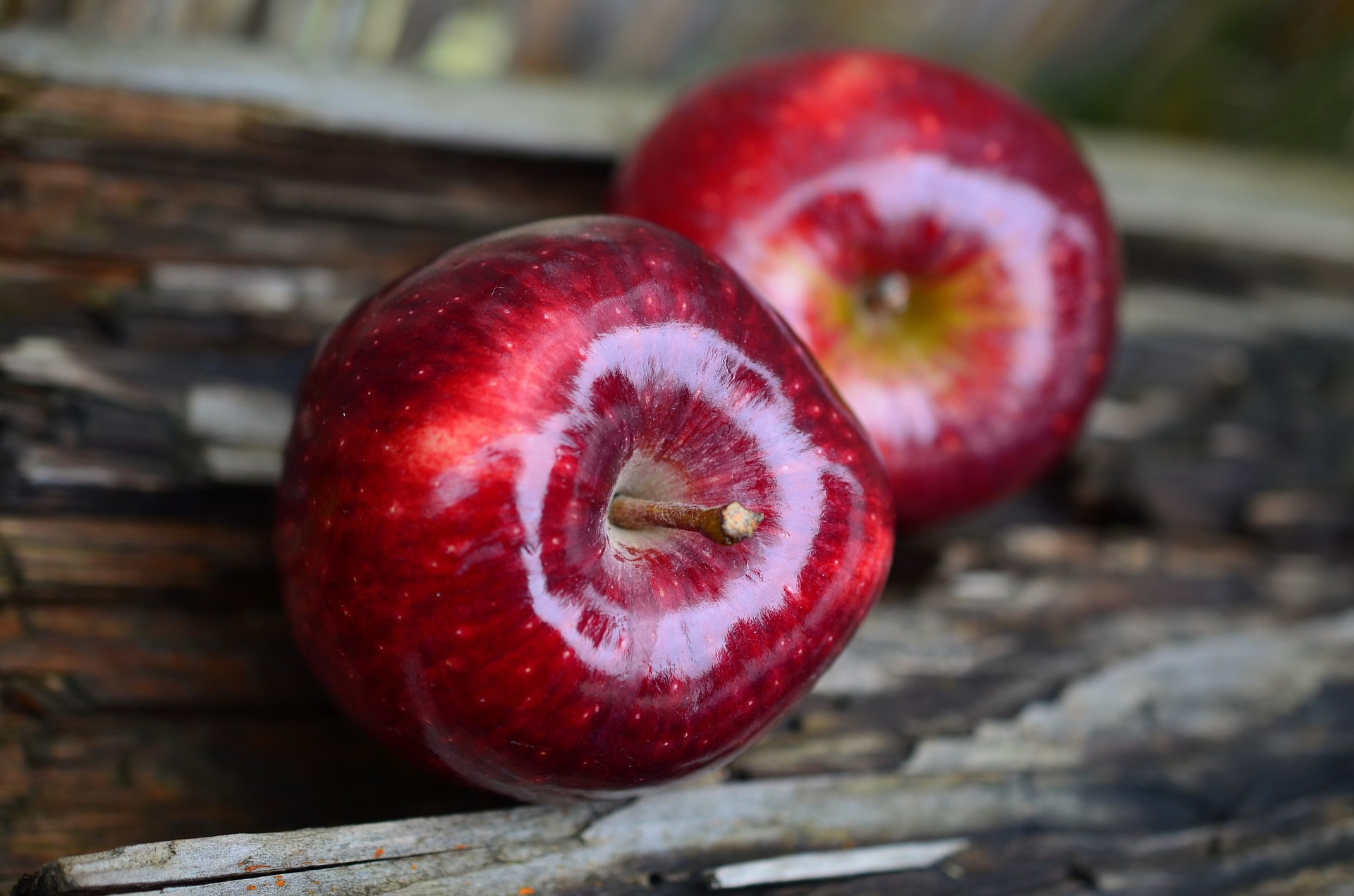 41209-apple-661726-1920