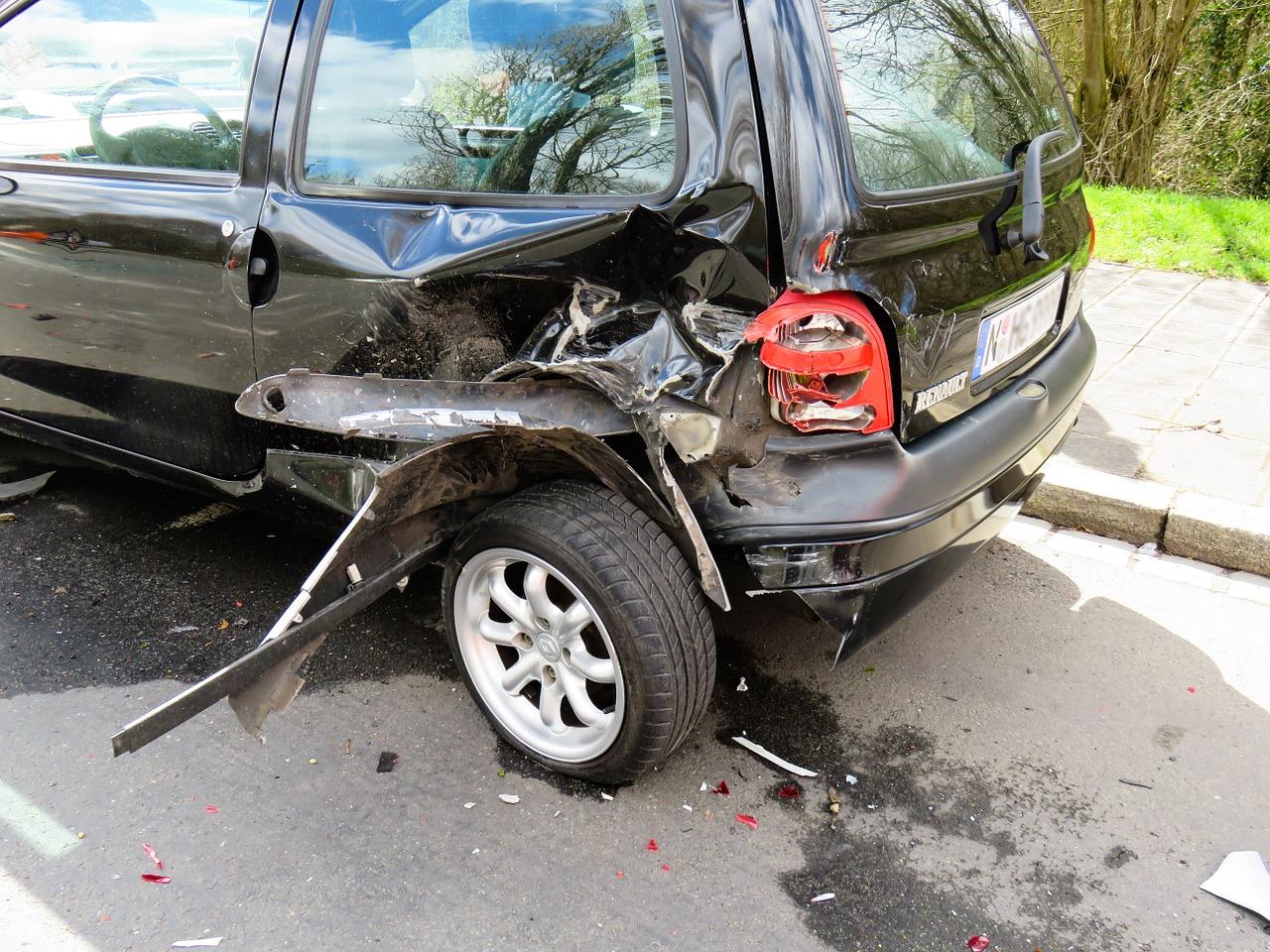 accident-1409005_1280