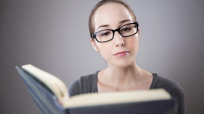 Jak vypracovat kvalitní závěrečnou práci na VŠ?